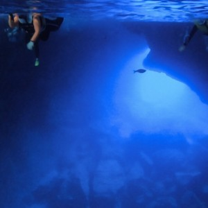 【サイパンの青の洞窟】グロットでシュノーケルしたよ!