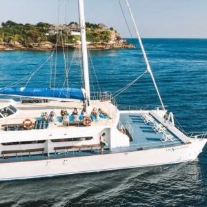 【豪華ヨットでのんびり!】レンボンガン島を1日満喫したよ!