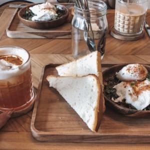 【シャルガオ島!】私が行ったおしゃれなカフェやおいしいレストランを紹介します。